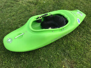 Wave Sport Project 52. Whitewater kayak