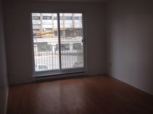 1 bed. Great location in South End for Feb/Mar