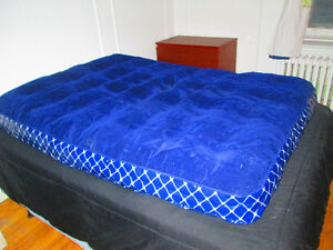 INFLATABLE DOUBLE BED (LIKE NEW)