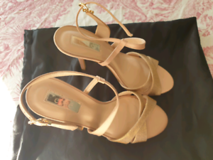 Gold Strappy Heels Ryde Ryde Area Preview