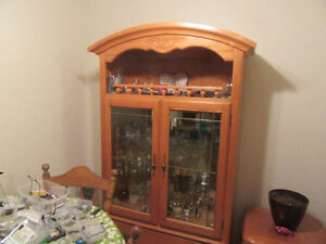 HUTCH FOR SALE , LIGHT TWO PIECE  Mirror