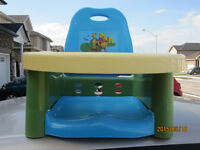 High Chair - Portable - Strapable to chair