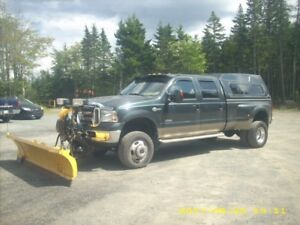 2005 Ford F350 King Ranch Pickup Truck
