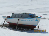 22 FOOT BOAT WITH ENGINE FOR SALE