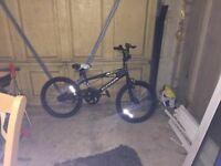 "AVIGO 18"" Bike from TOYSRUS (Brand new)"