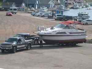 Carver cabin cruiser 31 oal 10 width dual engine power boat