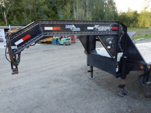 REDUCED!!! 2012 Load Trail Tridem  Gooseneck Trailer