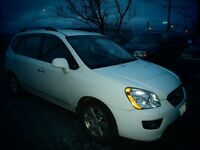 2009 KIA RONDO EX FWD /WINTER TIRES JUST INSTALLED/NEW MVI ....
