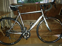 Cannondale Synapse 105 road bike (woman's, 2013)