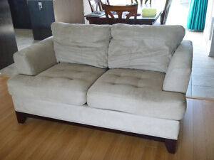 Sofa, Fauteuil et Ottoman à vendre