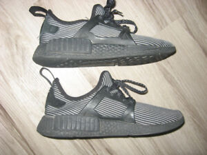 "Adidas ""The Brand with The 3 Stripes"" Shoes Men 8  Women 9.5"