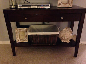 Side table / sofa table / accent table