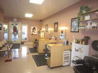HAIRSALON room rental available  (STRATHROY)
