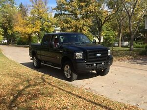 2007 Ford F-350 6.0L Diesel Lariat Outlaw edition 1-2000 trucks