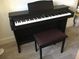 Roland Digital Piano HP 147R used