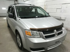 2010 Doge Caravan In Exceptional rust free condition