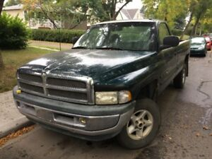 1999 Dodge 4x4 Ram 1500 Pickup Truck **Active BC Registration**