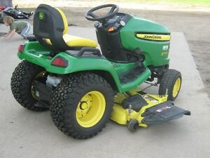 2013 John Deere X530 lawn tractor  with 54 inch mower 256 hours