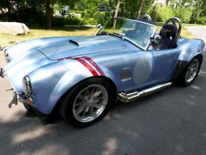 Réplique AC Cobra 1965