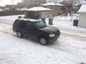 2002 Ford Explorer Sport SUV, Crossover