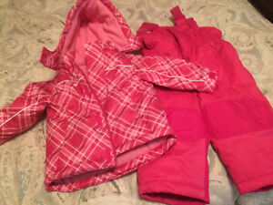 Girls 12-18 month snow suit - never worn