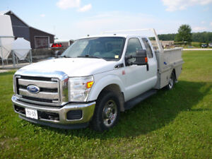 2011 Ford F-250 XLT Supercab Pickup Truck