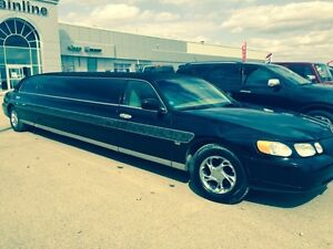 2000 Lincoln Towncar Limo Limousine limousines Cadillac Town Car