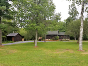 2 Bedroom Log Home On 2 Acres....Minutes From Sussex