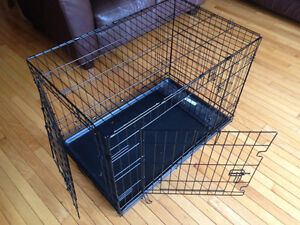 """36"""" dog crate used only one month"""