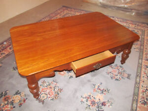Thomasville Solid Oak Coffee Table c/w 2 drawers