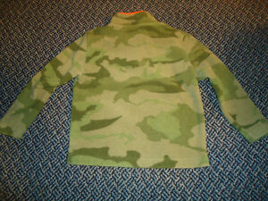 "Boys Size 5/6 ""XS"" fleece by Old Navy Kingston Kingston Area image 2"