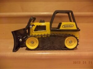 Tonka metal toy construction trucks