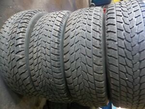 set of 4 winter tires with rims Mazda5  215/70/15 TOYO