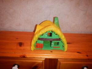 Maison D Asterix Dargaud - Bully 1974 en PVC Avec 3 Figurine