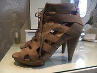 Nude platform shoes size 6