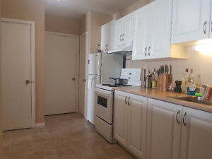 One Bedroom+ Den and Private Patio *Near Downtown* Summer Sublet