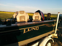 SOLD - 17ft Lund Fishing Boat Mr.Pike Edition with Custom Tarp