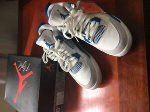 Jordan 4 military blue sz 8.5 $320