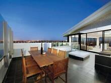 Amazing penthouse - travellers & students welcome Northcote Darebin Area Preview