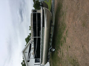 Like New 2013 Cypress Cay Pontoon,4 stroke,trailer,Private Sale
