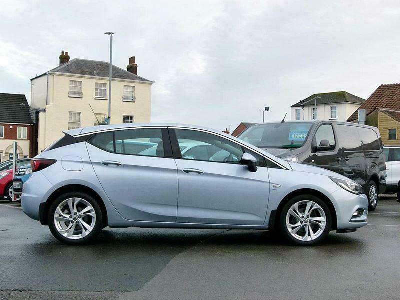 2018 Vauxhall Astra SRI Manual Hatchback Petrol Manual
