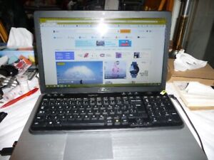 Laptop ASUS X750LA 17''i5 monté i7+ avec un disque dur SSD