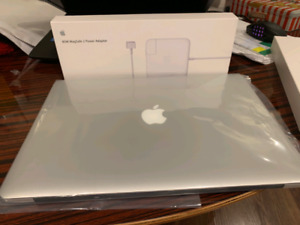 "MacBook Pro 2015 15"" i7 16GB 512GB SSD Dual Graphic! Low Cycles"