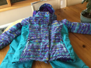 Costco xtmn girl snow suit Size/Age 8 years