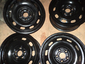 4 BLACK RIMS 14    4RIMS NOIR   BOLT  PATERN  5-100