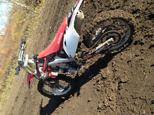 Selling 2013 crf250r price reduced