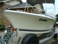 2003 OPEN DECK CENTRE CONSOLE. 17.5 Ft. FULL. COMME NEUF!