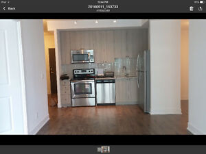 new 1 br + den steps to Yonge / Davisville subway