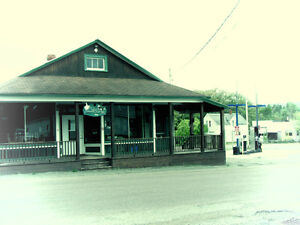 COUNTRY STORE/RESTAURANT AND GAS BAR