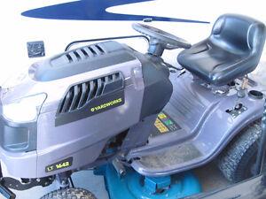 tracteur pelouse gazon